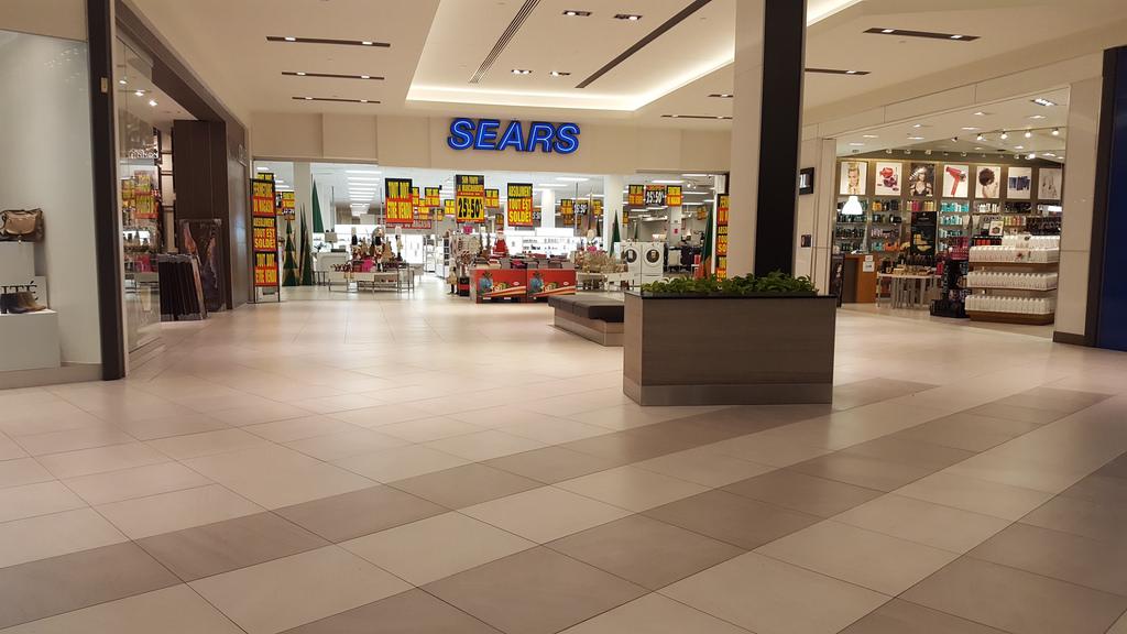Le magasin Sears des Promenades ST-Bruno, au Québec